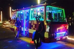 Thử 1 lần...cà phê xe bus tại Pini bus bar ven hồ Tuyền Lâm