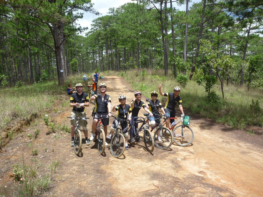 Experience and challenge yourself with  6-day cycling trip to Hoi An