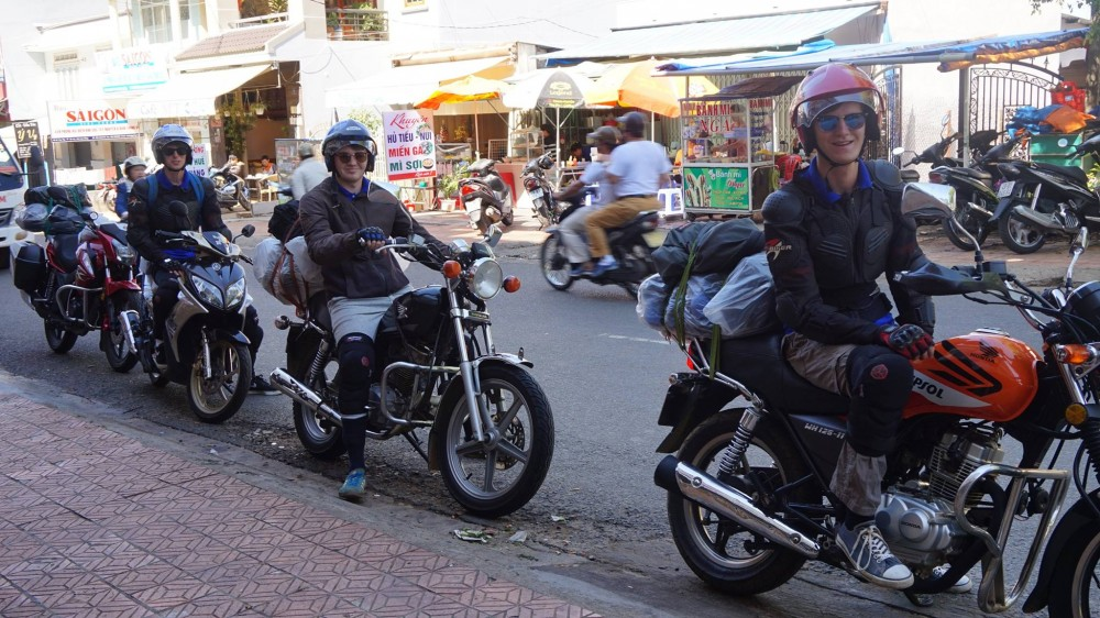 1 day motorbike tour to Mui Ne - memorable experience.