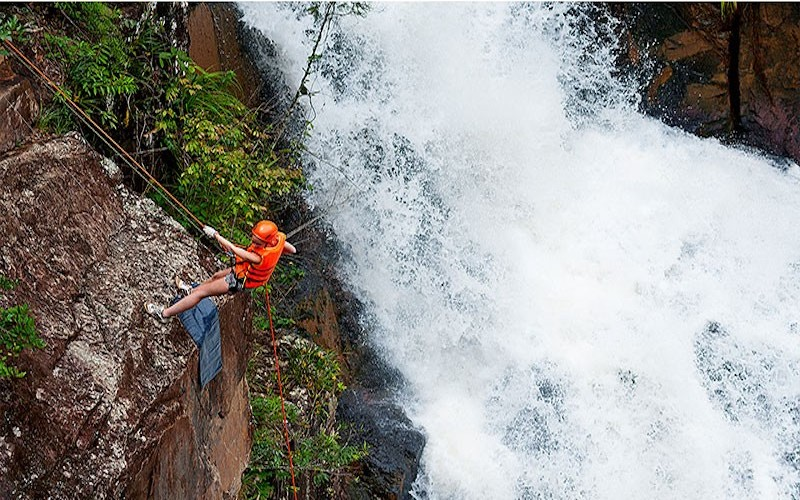Full option canyoning at Datanla waterfall
